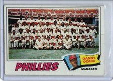 Buy VINTAGE PHILADELPHIA PHILLIES TEAM - 1977 TOPPS #467 GD/VG