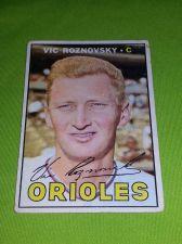 Buy VINTAGE VIC ROZNOVSKY ORIOLES 1966 Topps #163 GD/VG