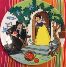 Buy The Disney Collection The Witch And The Apple Collectible Plate