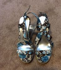 Buy Guess WGTRIXEE Women Wedge Sandals Multi-Color Flowers Size 8