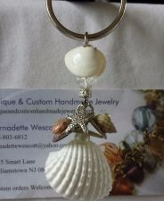 Buy shells and starfish handmade keyring