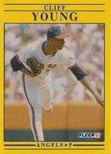 Buy 1991 Fleer #330 Cliff Young