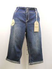 Buy PLUS SIZE 20W Womens Capri Jeans ROYALTY Medium Wash Straight Legs Inseam 19
