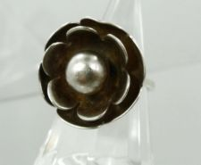 Buy sz 5 Vintage Silver Flower Ring signed but hard to read