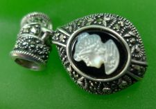 Buy Puffy Oval Black & White Cameo Slider Pendant - Reversible A 925 Thailand