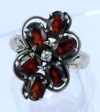 Buy sz 7.5 Vintage Ring: Sterling 925 Silver With 6 Garnets and Clear Stone Center