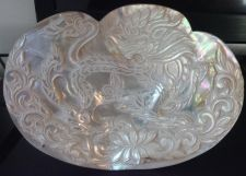 Buy 19TH CENTURY CHINESE CARVED MOTHER OF PEARL WITH CARVED DRAGON DECORATION