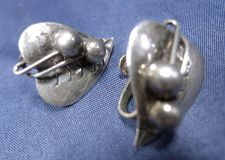 Buy Vintage Screw Back Earrings : Leaf & Berries Earrings : Signed ETD Mexico