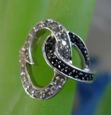 Buy sz 7.5 Ring : sterling 925 silver Unique Setting Black & White CZz