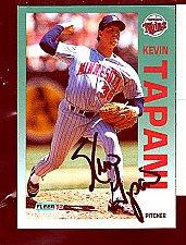 Buy Kevin Tapai, RHP, Twins, Fleer Trading Card 219