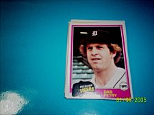 Buy 1981 Topps BASEBALL CARD OF DAN PETRY #59 MINT FREE SHIPPING