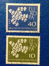 Buy Europa Germany Set of 2 Stamp 1961 Used dove made up of 19 individual doves