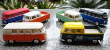 Buy 1963 Volkswagen Bus Double Cab Pickup Diecast Scale:1/34,free shipping