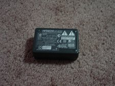 Buy HITACHI DZ ACS1 battery charger - VDR M95 DZ HD90 BD70 BD9H camera adapter power