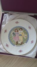 Buy ROYAL DOULTON 1976 VALENTINES DAY PLATE
