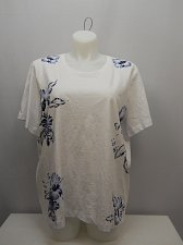 Buy PLUS SIZE 3X Women Knit Top AMERICAN SWEETHEART White Floral Scoop Neck