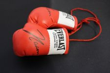 Buy Autographed Mini Boxing Gloves Julio Ceasar Chevez snr
