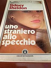 Buy Italian Books Sidney Sheldon : Uno straniero allo specchio : libro