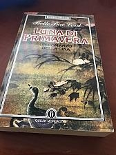 Buy Italian Books : Bette Bao Lord : Luna di primavera libro