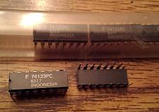Buy Lot of 6: Fairchild 74123PC