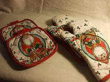 Buy Christmas Holiday Pot Holders & Oven Mitts Cambridge Kitchen Fashions 100% Cotton