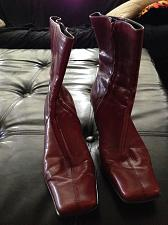 Buy Nine West Leather Woman's Boots side zipper Size 7.5 beautiful condition