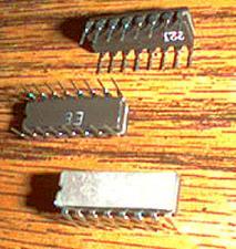 Buy Lot of 25: Texas Instruments SN74LS379J KS22511L5