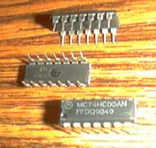 Buy Lot of 25: Motorola MC74HC00AN