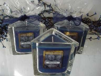 Blueberry 7 oz. Triangle Jar Candle