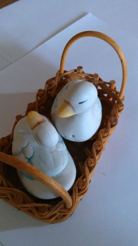 Geese Salt and Pepper shakers in Wicker Basket