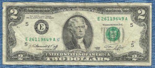 US 1976 Circulated $2 Dollar Banknote # E26119649A - Green Seal