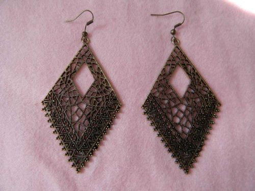 Hollow Big Diamond Shap Dangle Earrings