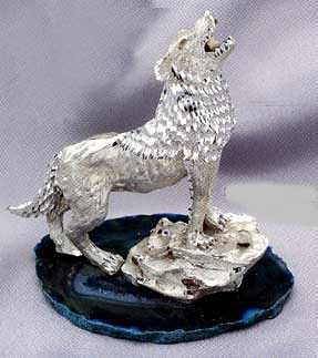 HOWLING COYOTE (DIAMOND CUT PEWTER)