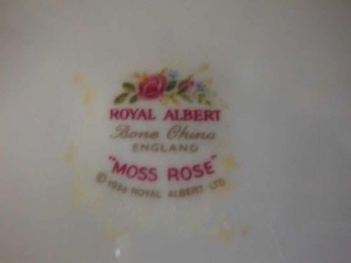 Gorgeous Vintage c. 1956 Royal Albert 'Moss Rose' Tea Pot (England)