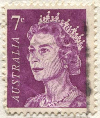 1971 7c Australian Queen Elizabeth II Pink On Piece Light Cancel Bright