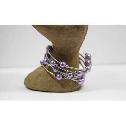 *~New Pretty Lavendar Beaded Wrap Around Bracelet
