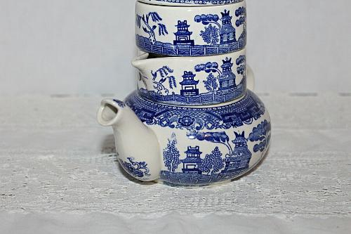 Vintage Blue Willow Stacking Teapot for One Early 1920-1940 Scarce Piece WOW