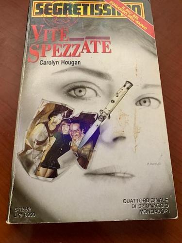 Italy book : Segretissimo 1216 Vite spezzate di Dicembre 1992 libro