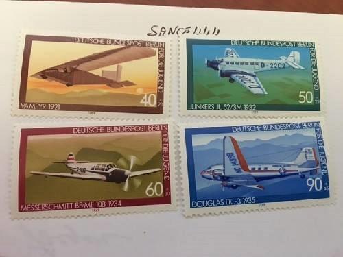 Berlin Youth Aeroplanes mnh 1979