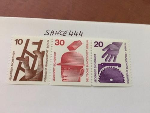 Berlin Safety coil strip mnh 1974