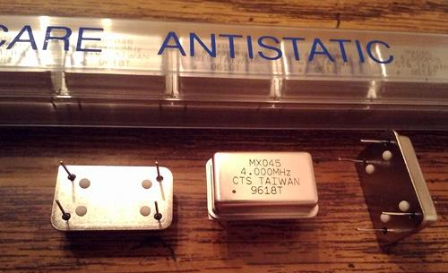 Lot of 16: CTS MXO45 4.000 MHz Oscillators :: FREE Shipping