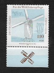 German MNH Scott #B822 Catalog Value $2.50
