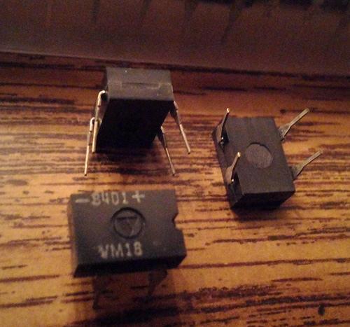 Lots of 46: Varo VM18