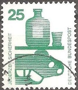 [GE1077] Germany: Sc. No. 1077 (1971) Used