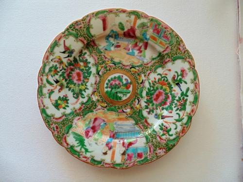 "Late 19 Century Original ""Rose Medallion"" Chinese Porcelain Plate Cantonese Export"