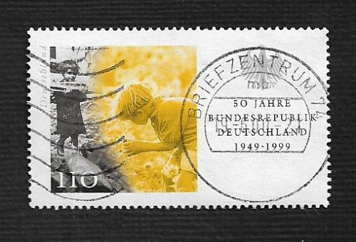 German Used Scott #2042b Catalog Value $1.50