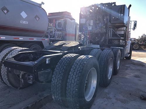 2013 Peterbilt 367 Tri-Axle Truck