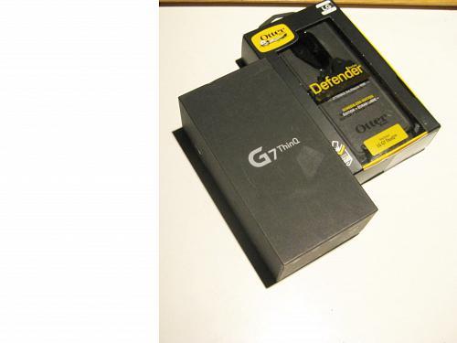 9.4/10 Excellent 64gb Sprint LG G7 Bundle!!!