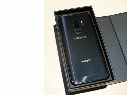9.9/10 Blue Unlocked Xfinity 64gb Samsung S9+ G965U Bundle!!!