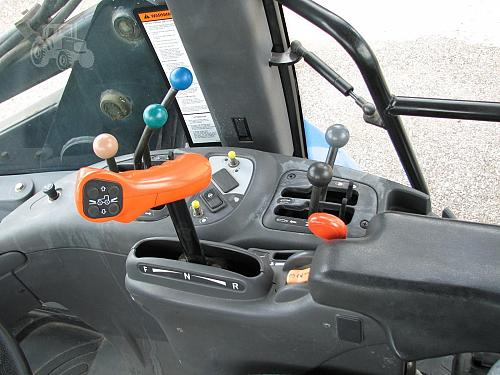 2007 New Holland TV145 Tractor